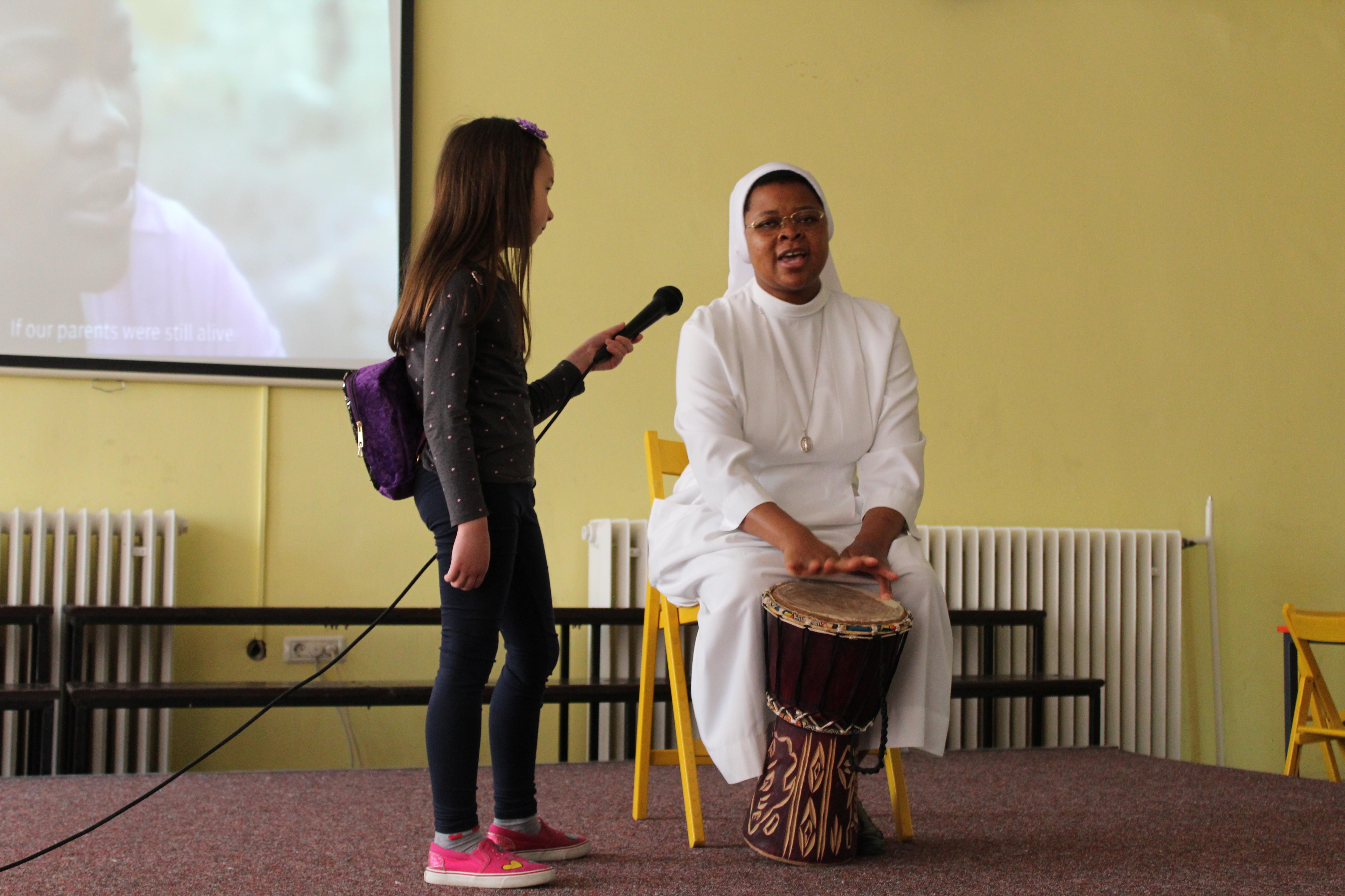 prevesti upoznavanje na afrički 14:00 izlazi 2014